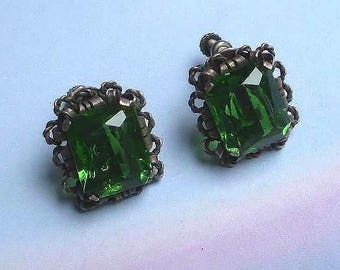 Vintage 40s Emerald Green Faceted Glass Silver Earrings Mexico