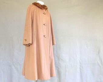 1950's Fur Collar Coat, Vintage Reddish Tan Winter Coat, Modern Size 14 - 16, Large