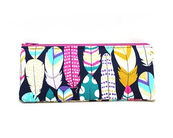 Cosmetic Case, Cord Case, Bridesmaid Gifts, All-Purpose Zipper Case, Large Colorful Feathers 9015