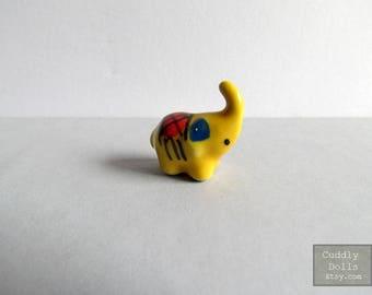Tiny Yellow Elephant Animal Ceramic Porcelain Miniature Dollhouser Porcelain Elechant Collector Decoration Gifts