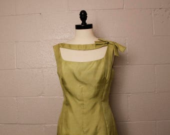 Vintage 1950's 1960's Oleg Cassini Pastel Green Dress 30 waist
