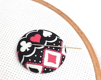Needle Minder-Reversible Needleminder-Magnetic Card Suit Needle minder for Cross Stitch-Embroidery-Quilting-Sewing-Needlepoint-Diamond