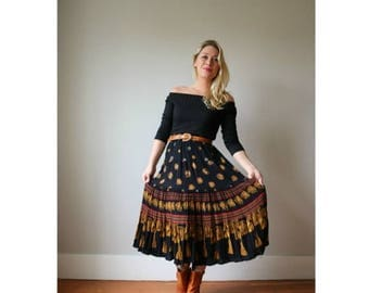 ON SALE 1990s Medallion Crepe Midi Skirt >>> Size xs/sm