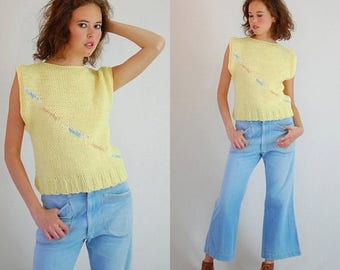 SALE 25% off sundays Boxy Sweater Vest Vintage 80s Light Yellow Boxy Fit Slouchy Oversized Indie Sweater Vest (m l)