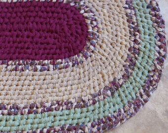Cranberry Oval Recycled Rag rug Toothbrush Amish Knot