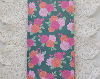 Roses Traveler's Notebook with Pockets Insert