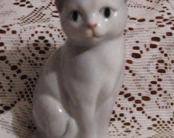 """Vintage Otagiri White Cat Figurine - 4"""""""
