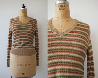 vintage 1970s sweater / 70s v neck sweater / 70s tan green rust striped sweater / 70s light weight sweater / 70s pullover sweater / medium