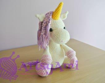 Handmade Crochet Amigurumi - Unicorn