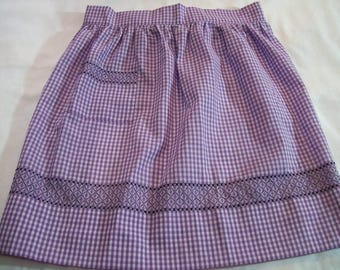 Vintage Apron, Purple and White Apron, Half Apron, Chicken Scratch Embroidery, Large Apron, Gingham Apron, Purple Gingham Apron
