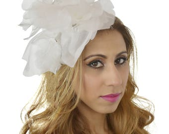 Small IVory Flower Fascinator Ascot Kentucky Derby Proms **SAMPLE SALE**