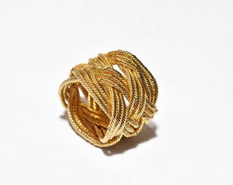 Knot Ring, twisted wire, Woven copper ring, gold plated copper, Turks Head Collection, High fashion, Starement ring, Handmade in Israel.