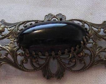 Vintage Filigree Black Onyx Oval Glass Cabochon Brooch Pin