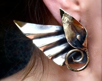 End of Summer SALE Winged lily post earrings - edgy deco