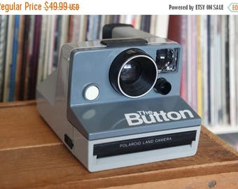 """SALE 25% OFF 1980's Polaroid """"The Button"""" Camera - Film-Tested & Working"""