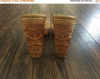40% OFF The Vintage Totem Pole Wood Heel Clear Shoes