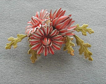 Vintage Pink Enameled Flower Pin Brooch