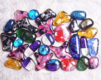 Lot of 30 Dichroic Fused Glass Beads Cabs Cabochons