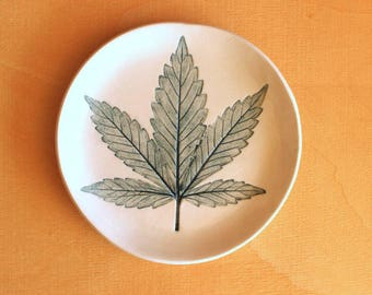 Ceramic Marijuana LEAF Plate - Handmade Round Porcelain Pot Leaf Soap Dish - Multipurpose Dish - Ready To Ship