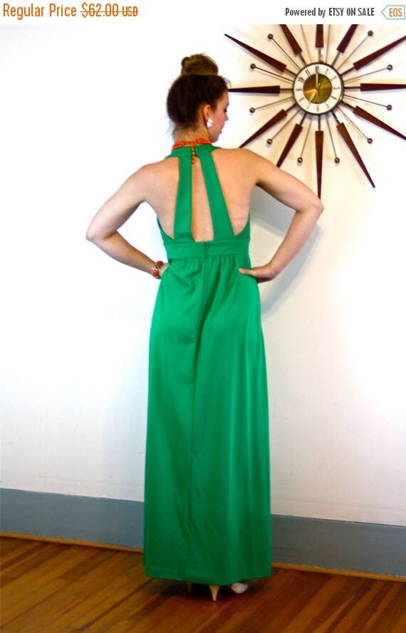 SALE 50% OFF Vintage 70s Maxi Dress/ Bright Kelly Green Maxi/ V-Neck Keyhole/ Sexy Open Back/ Sleeveless Empire Waist/ A-Line Cut Long 1970s