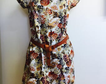 Womens' dress, box dress, t-shirt dress, floral, cotton/linen short sleeves, pockets, knee line, XS-XL sizes