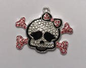 Girlie Skull and Cross Bones Pirate Rhinestone Pendant for Necklaces
