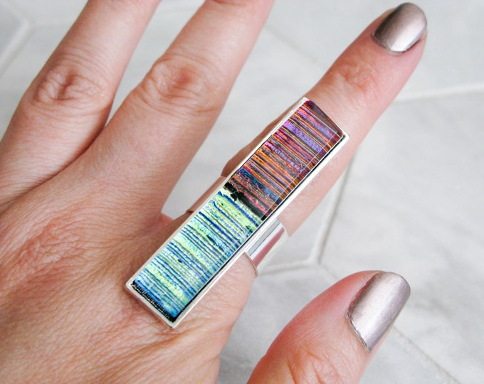 multicoloured glass statement ring, costume jewelry, avant garde, gift for her, rectangle glass cocktail ring, large dichroic glass ring