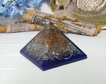 Chakra Stone Cho Ku Rei Reiki Orgone Pyramid - The Energy of Life - The Universe By Storm