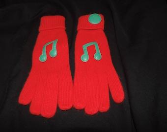 vintage music gloves red knit winter gloves music notes appliqué Christmas caroler