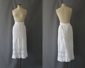 White crochet skirt | 1930's by Cubevintage | large