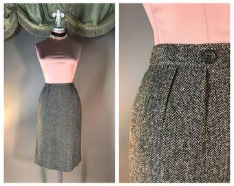 Vintage 50s skirt 1950s BLACK GRAY HERRINGBONE tweed detailed wool pencil skirt