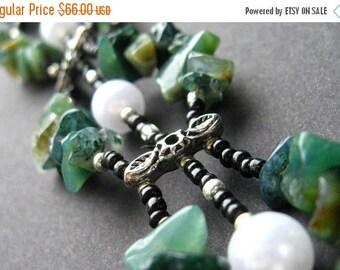 SUMMER SALE Handmade Wrist Cuff in Agate - Pearls in th Moss Bracelet. Handmade Bracelet.
