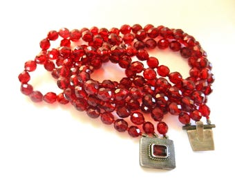 Fabulous Red Cherry Garnet glass Faceted Bead 3 strands Necklace - 1930's European jewel with silver clasp - Art.845/4