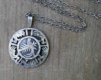Vintage Silver Bird Necklace . Unique Silver Chain . Filigree  . Necklace . Pin/Pendant