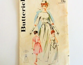 1960s Wedding dress pattern, bridesmaid, bridal gown, sleeveless dress, uncut vintage sewing pattern Simplicity 2570 misses size 16, bust 36
