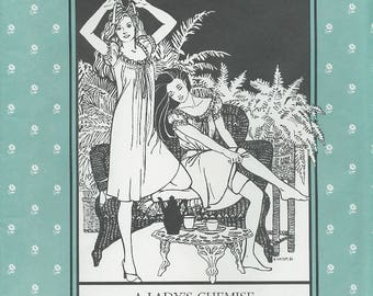 A Lady's Chemise, Folkwear 223