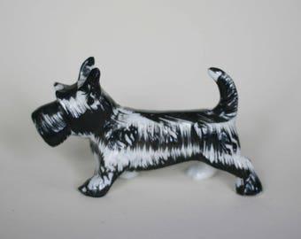 vintage ceramic scottie dog figurine made in japan