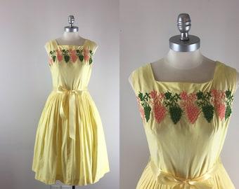 1950s Vintage Dress / 50s Embroidered Sundress / Grapes of Wrath Dress