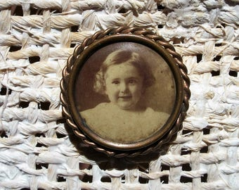 Celluloid Mourning Brooch - Pin, Photo - Someone's Little Sister - Vintage