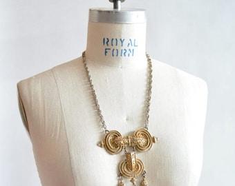 25% off Storewide // Vintage 1970s BRUTALIST neck piece