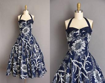 Gorgeous vintage 1950s Fred Perlberg SUNFLOWER vintage halter dress. vintage 1950s dress.