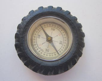 vintage novelty TIRE compass