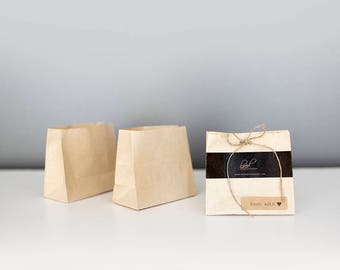USB Bags- Fry Bags - Treat Bags-  Set of 10 | USB packaging, Photography Packaging, Candy Bags, Giveaway Bags, Hemp Twine, Custom Logo Label