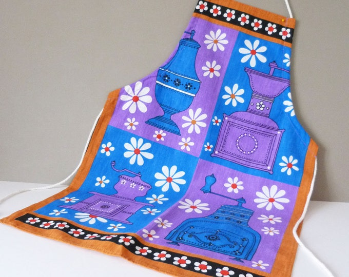 Vintage  Children's Apron / Pinnie  flower power