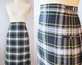 40% OFF SALE Vintage 1950's Green KILT Wool Skirt / Scottish Wool High Waist Red Pleated Tartan Kilt / Size Small Made in England