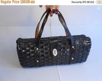 Anniversary Sale 35% Off Chic Vixens Always in Black - Vintage 1950s Classic Black Vinyl Straw Barrel Handbag