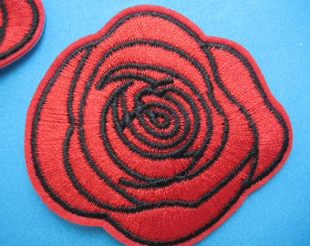 SALE~ 2 pcs Iron-On Embroidered Patch Red Rose 2.5 inch