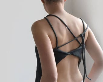 Open Back bluisgrey summer okapi top, minimalist top