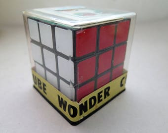 Vintage Rubiks WONDER CUBE NOS Mint in Case w/Instructions Solutions Taiwan