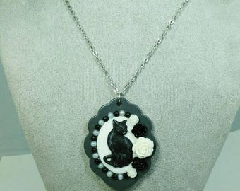FANCY FLORAL FELINE- Grey 30 x 40mm Black and White Feline Cameo Cabochon Floral Pearl Pendant  Necklace